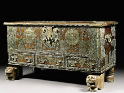 The Art of the Dowry Chest