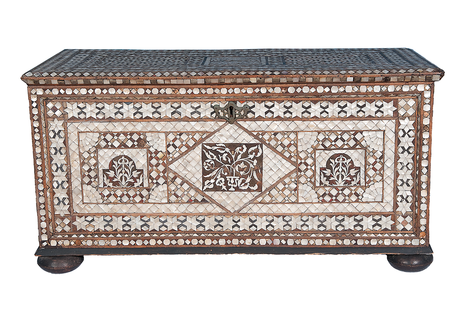 The Art Of The Dowry Chest Aramcoworld
